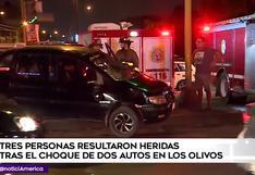 Los Olivos: tres heridos dejó choque entre dos autos en la Av. Universitaria | VIDEO