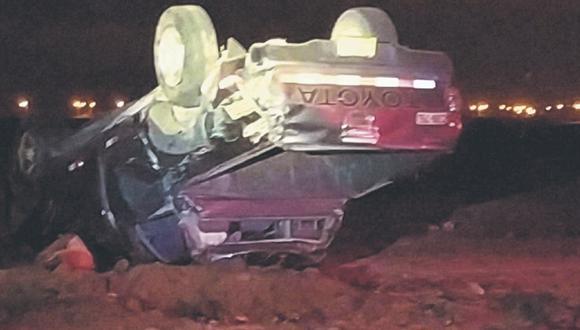 Tacna: Comerciante dedicado a la compra y venta de carros usados, murió tras despistarse y volcar en su camioneta.