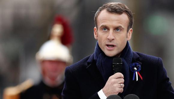 """En un discurso pronunciado en una ceremonia en el Arco del Triunfo, en los Campos Elíseos de París, el mandatario francés Emmanuel Macron urgió a sus pares a rechazar """"la fascinación por el repliegue, la violencia y la dominación"""". (AFP)."""