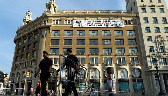 Asociaciones independentistas convocaron homenajes alternativos a las víctimas, para no coincidir con el rey. (Foto: AFP)