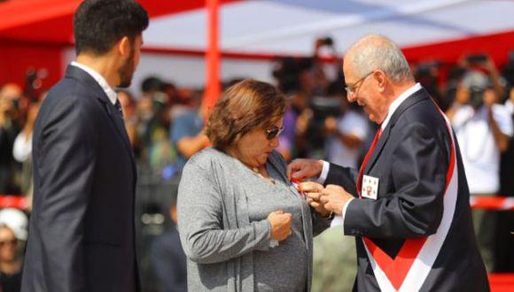 Madre de capitán Jiménez agradece reconocimiento a comandos