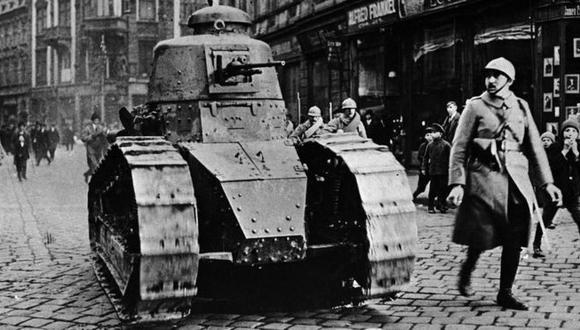 Los tanques FT siguieron usándose después de la Primera Guerra Mundial, e inspiraron diseños similares en países como Italia y la Unión Soviética. (Foto: Getty)
