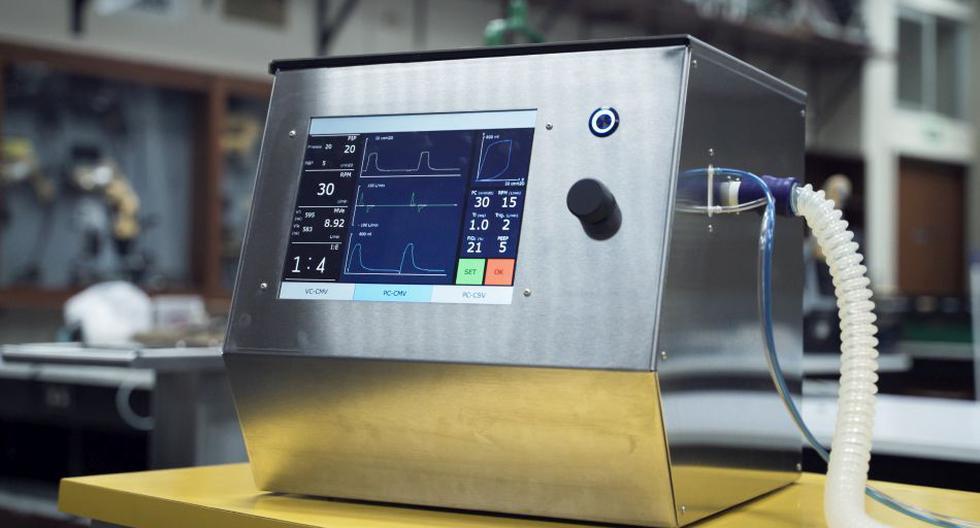 Este ventilador mecánico de emergencia puede funcionar con corriente eléctrica y también con batería. (Foto: David Delgado)