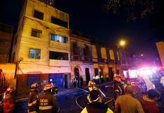 Cercado de Lima: incendio destruye una vivienda en solar de Barrios Altos   VIDEO