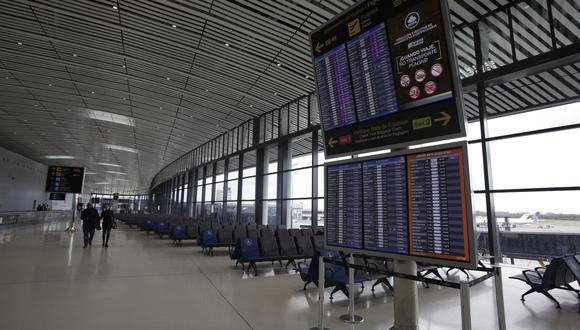 """""""China no es un mercado importante para ningún aeropuerto estadounidense"""", refirió Fitch. (Foto: EFE)"""