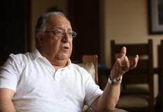 """Fernando Tuesta: """"Estamos ante una gran mayoría de partidos orgánicamente muy débiles, muy informales""""   Entrevista"""