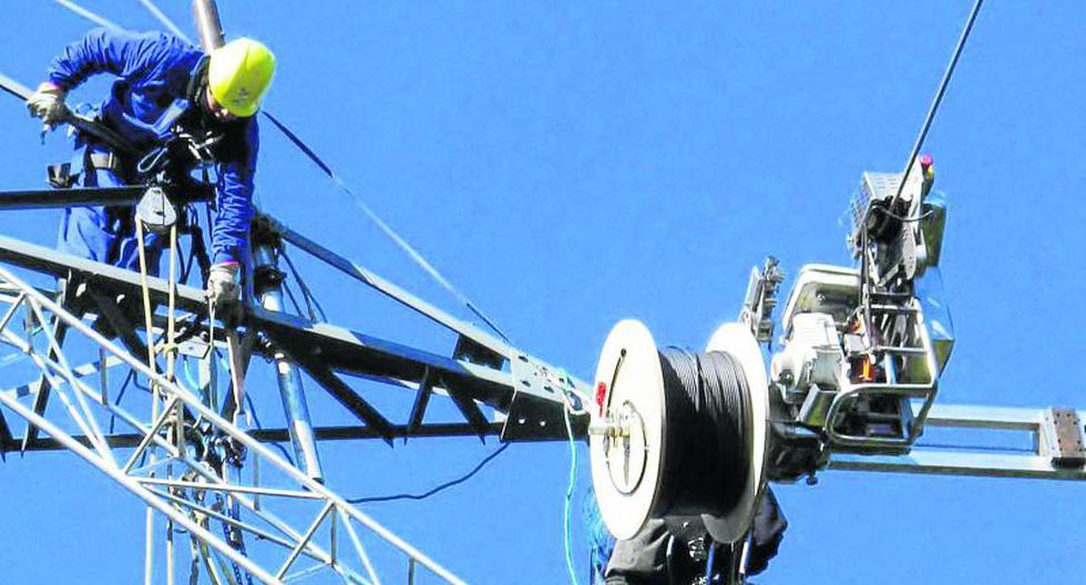 El nuevo proyecto en el que está embarcado Telefónica del Perú tiene que ver con el tendido de fibra óptica en el país.
