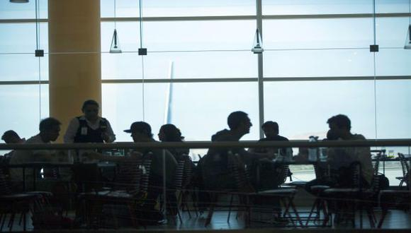 Aeropuerto Jorge Chávez brinda Wi Fi gratuito 15 minutos al día