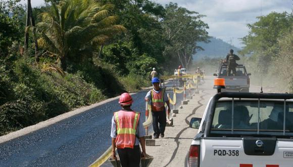 Como parte del paquete de reactivación, se enfocarán en proyectos como el mantenimiento de vías, señaló la ministra de Economía, María Antonieta Alva. (Foto: Archivo)