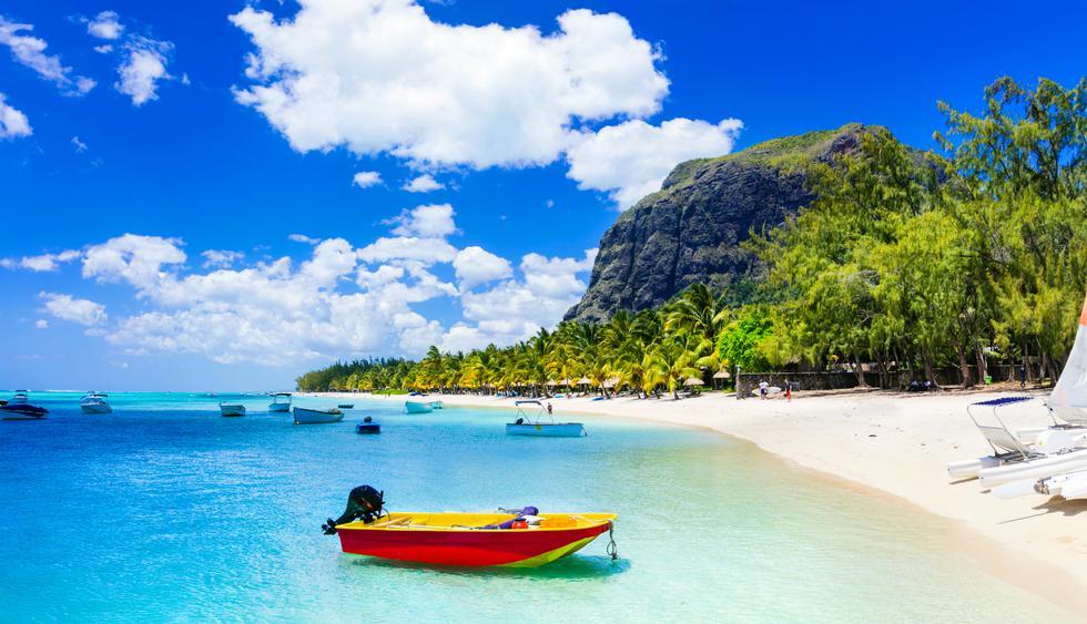 El paseo en bote en la playa de Grand Baie tiene un precio de US$18,5 la hora. Foto: Shutterstock.