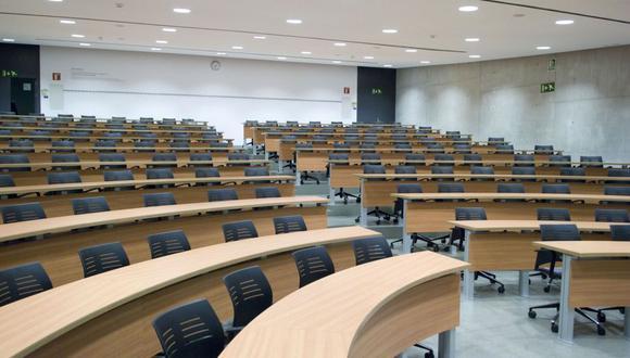 Las humanidades empieza a ausentarse de las aulas universitarias con la excusa de no ser necesarias.