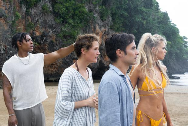 Every person who arrives on the island is an experimental subject and dies in less than 24 hours (Photo: Universal Pictures)