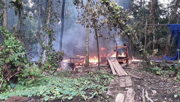 Loreto: FF.AA hallaron insumos para elaboración de droga y destruyeron seis laboratorios clandestinos (Foto: CCFFAA).