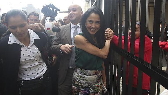 Nadine Heredia pide cumplir reglas de conducta en el extranjero