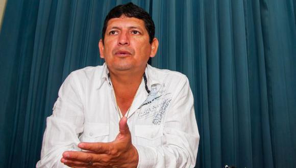 """Agustín Lozano: """"Si me respaldan, mañana me lanzo contra Burga"""""""
