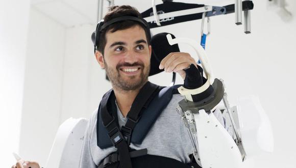 Thibault se quedó paralítico luego de un accidente en el que cayó de una altura de 15 metros. (Foto: Fonds de Dotation Clinatec)
