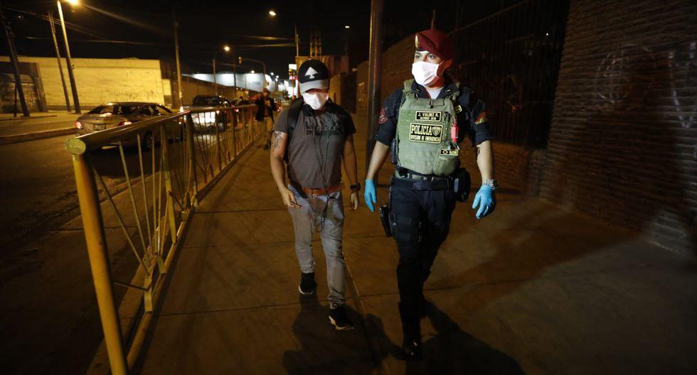 Han pasado 17 días desde el inicio del aislamiento social obligatorio y las personas siguen sin cumplir la norma en las calles. (Foto: César Bueno)