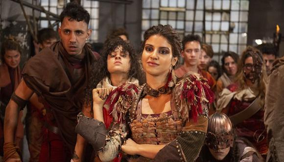 """La actriz brasileña Isabela Souza protagoniza la película """"Bia: Un mundo al revés"""". (Foto: Disney+)"""