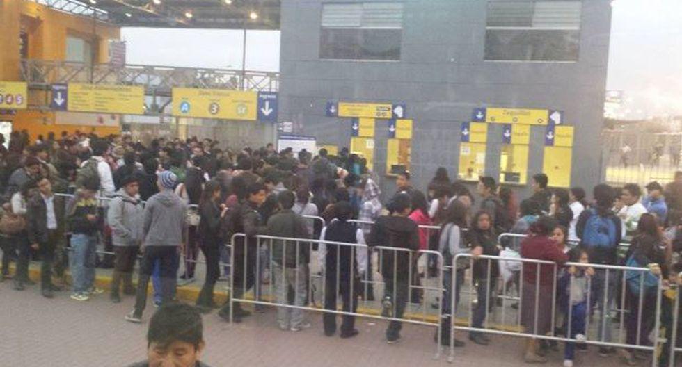 Metropolitano: demoras para actualizar tarjetas universitarias