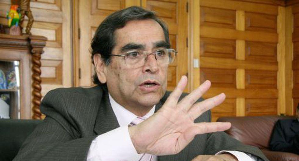 Óscar Ugarte fue uno de los integrantes de Juntos por el Perú que acudió a la inscripción de la lista de candidatos al Congreso. (Foto: GEC)