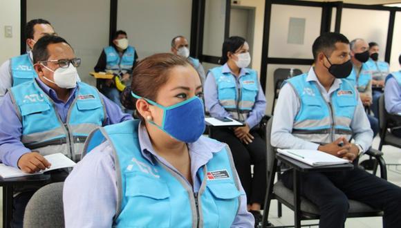 Los controladores de la ATU en el momento de la capacitación. (Foto: ATU)