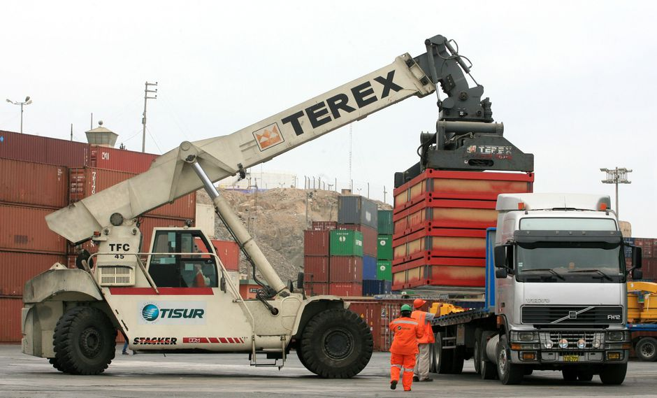 La ley fortalece las exportaciones, indica el Mincetur. (Foto: USI)