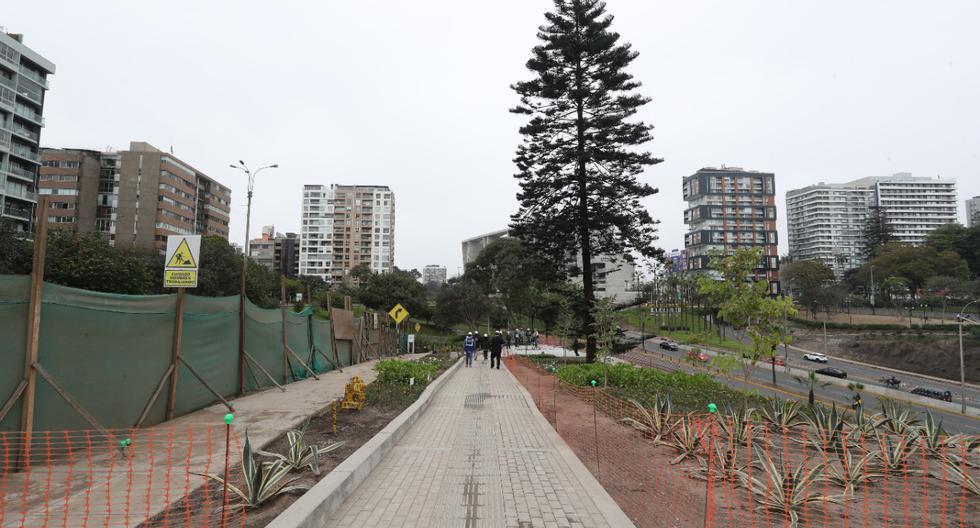 El área total del terrero es de 30,400 metros cuadrados, de los cuales 25,400 m2 (83%) son áreas verdes y 5,100 m2 (17%) son para las veredas, plazas y miradores. (Foto: Lino Chipana/ GEC)