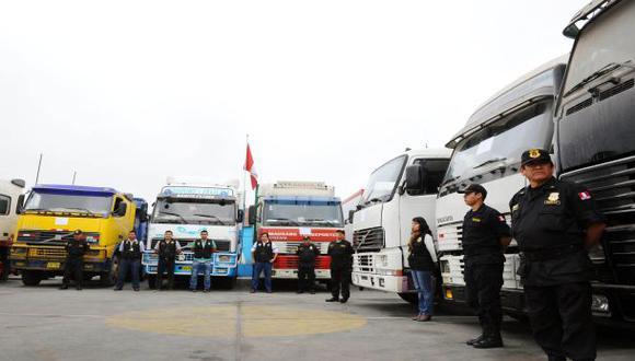 Incautan vehículos de contrabando valorizados en S/.10 millones