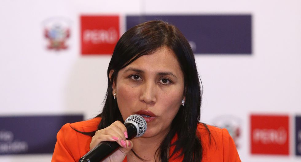 Ministra Flor Pablo se pronunció sobre clases en Islay. (Foto: GEC)