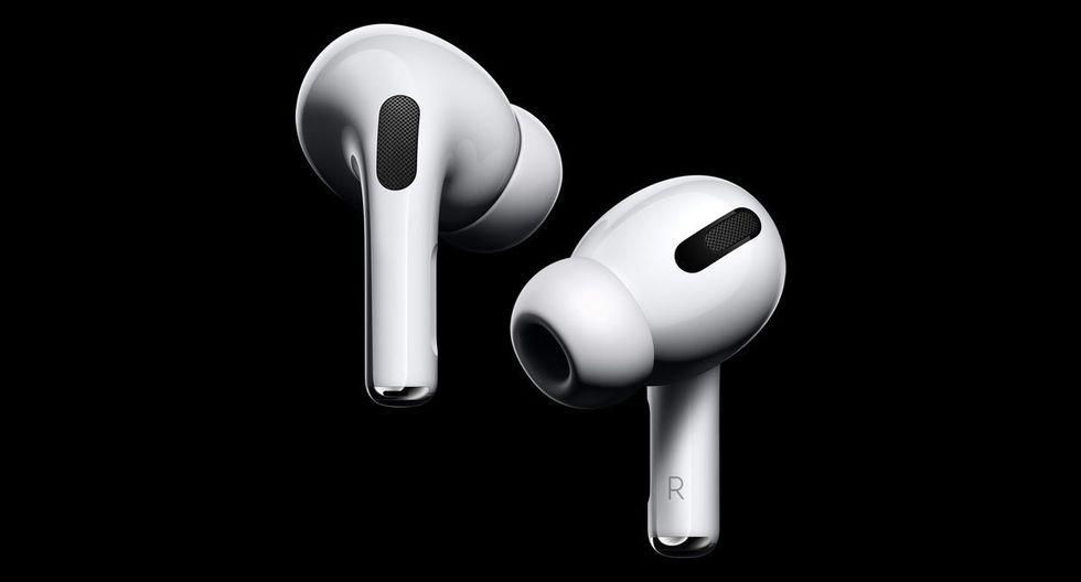 Aunque la propuesta arrancó desde el 2001 con sus iPod, fue seis años después que Apple le dijo al mundo que los audífonos deberían ser de diseño simple, y por supuesto, de color blanco.