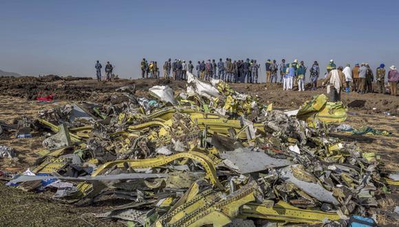 Restos del accidente de avión que acabó con la vida de 157 personas. (Foto: AP)