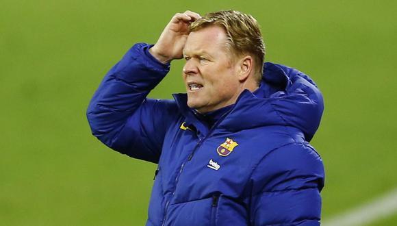 La molestia de Ronald Koeman por la preguntas sobre su futuro en Barcelona. (Foto: Reuters)