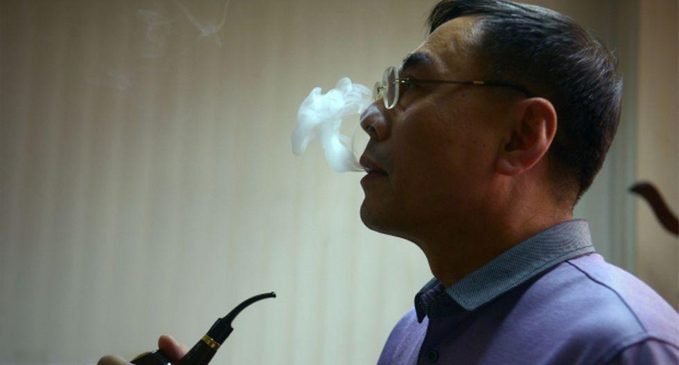 Hon Lik es el farmacéutico considerado como el inventor del cigarrillo electrónico. El Comercio conversó en exclusiva con él desde Varsovia. (Foto: AFP)