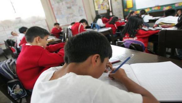Especialistas recomiendan replantear esquema de evaluaciones. (Foto: Archivo El Comercio)