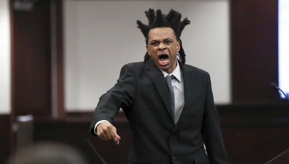 Ronnie Oneal III da su declaración durante el juicio en cu contra por asesinato en Tampa, Florida, Estados Unidos. (Foto: Arielle Bader / Tampa Bay Times vía AP).