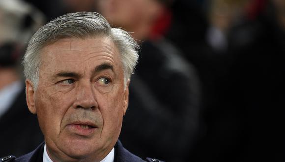 Solo hace diez días Carlo Ancelotti fue despedido en el Napoli, pero no perdió prestigio. Sigue siendo un entrenador muy cotizado. (Foto: AFP).