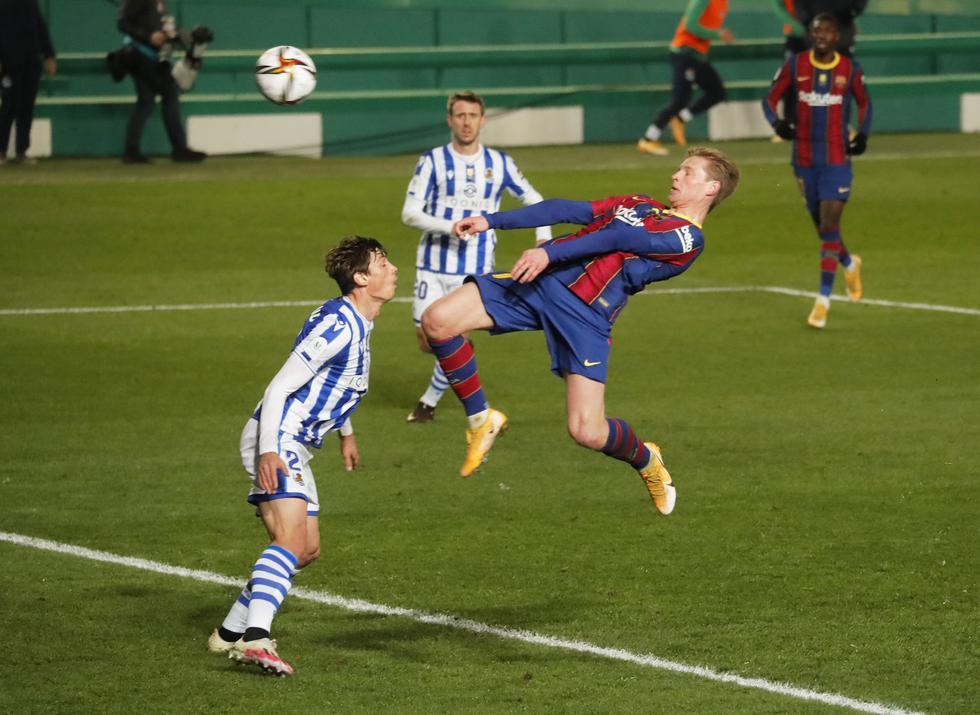Frenkie de Jong convirtió el 1-0 a favor del Barcelona