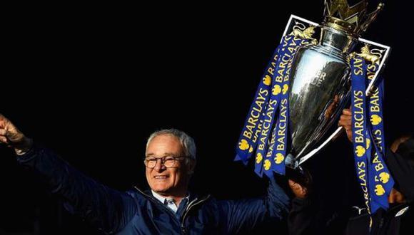 Claudio Ranieri elegido el entrenador del año en Inglaterra