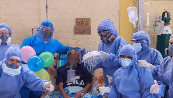 Piura: personal de salud agasajó a paciente con COVID-19 en el día de su cumpleaños (Foto: hospital Chulucanas)