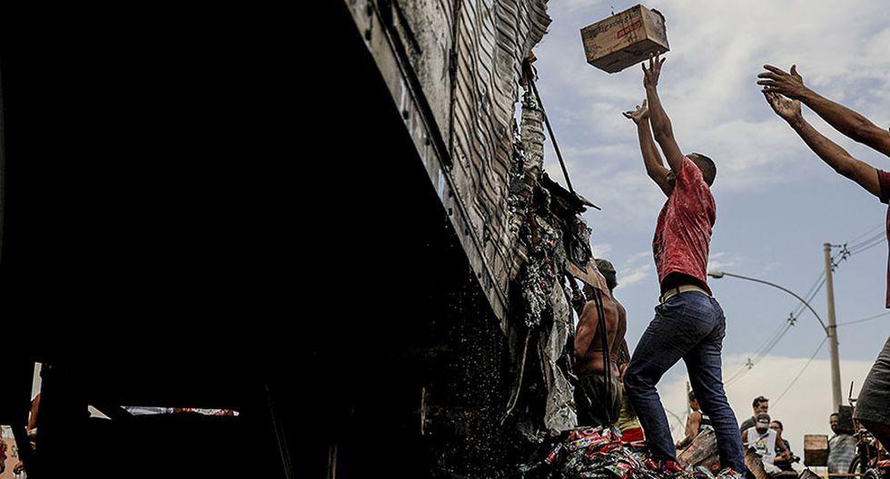 Brasil: Incendian y saquean vehículos en pleno corazón de Río - 3
