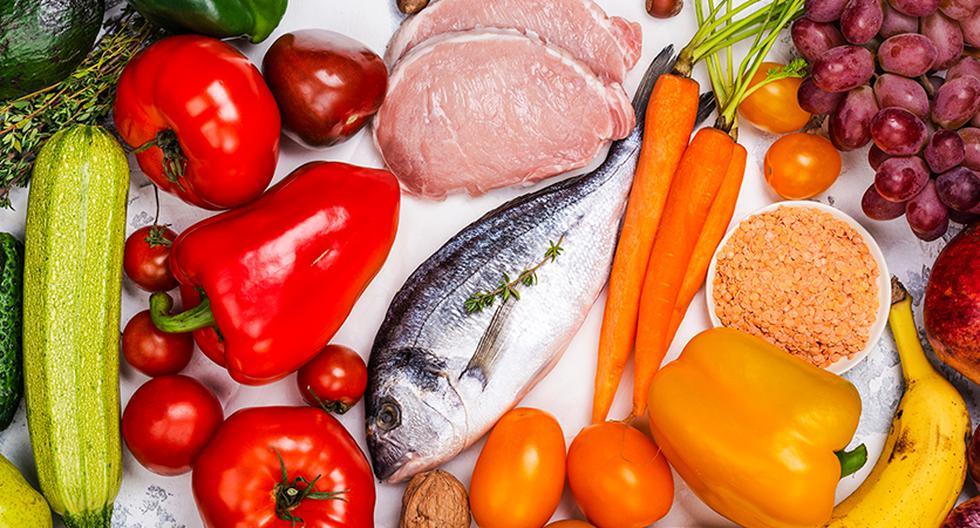 Con cada gramo de comida, alrededor de un millón de microbios ingresan al cuerpo. Al viajar o cambiar de dieta recogemos nuevos integrantes para este ecosistema.
