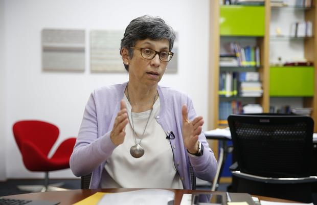 Gisella Orjeda lived in France for 10 years, worked at GENOSCOPE where she built the physical map of rice chromosome XII and actively contributed to its sequencing.  (Photo: Manuel Orjeda / GEC)