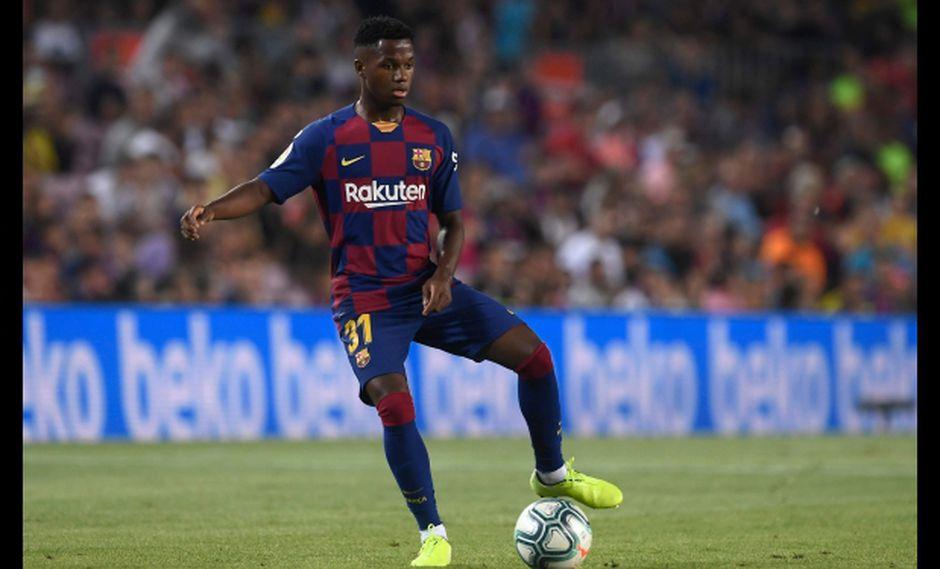 Ansu Fati, nacido en Guinea-Bissau, debutó el domingo ante el Betis y es el segundo jugador más joven en debutar con el Barcelona en la Liga Española. (Foto: AFP)