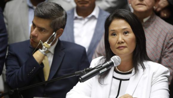 """Keiko Fujimori respaldó al presidente del Congreso y a Alcorta y Letona, quienes, según añadió, """"tienen trayectorias impecables"""". (Foto: AP)"""