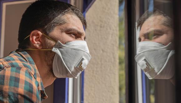 Las personas que lleguen de Europa, sí deben usar mascarillas durante su aislamiento obligatorio. (Foto: Shutterstock)