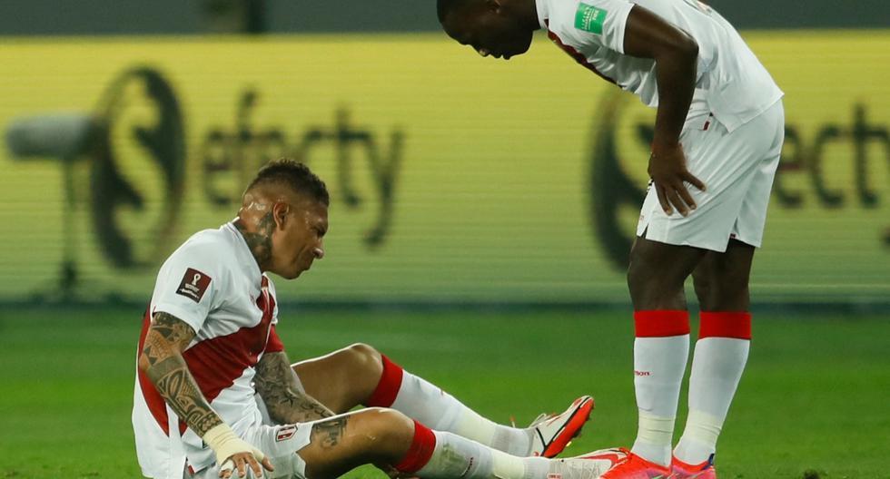 """Paolo Guerrero sobre su estado físico: """"Parece que mi rodilla no me quiere dejar jugar""""   Foto: AFP"""