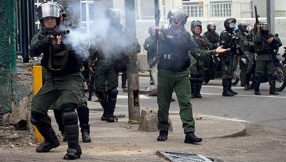 Venezuela: la represión marca el tercer mes de protestas