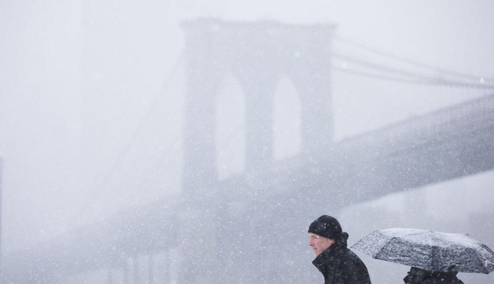 Caos en el este de EE.UU. por nueva tormenta invernal - 1