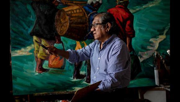 """El artista Bruno Portuguez en su taller de Chorrillos. Hoy se inauguró la exposición """"Perú al pie del orbe II"""" en el Centro Cultural Ccori Wasi (Av. Arequipa 5198, Miraflores) hasta el 5 de enero de 2020. Ingreso libre. (Foto: Anthony Niño de Guzmán)"""