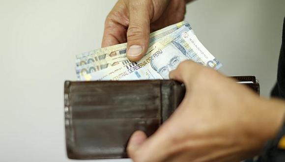 Las empresas de la actividad privada están obligadas a pagar gratificaciones por Fiestas Patrias a sus trabajadores. (Foto: El Comercio)